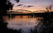 Najstarszy most w Toruniu pójdzie do remontu. W planach trzecia przeprawa przez Wisłę