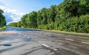 Tylko połowa nowej opłaty paliwowej na drogi samorządowe. Reszta na krajowe