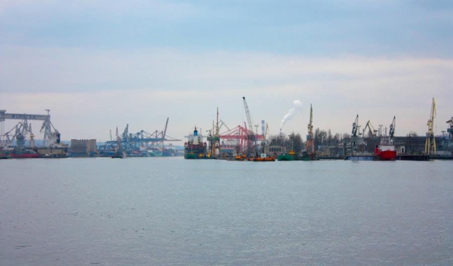 6 ofert na przebudowę nabrzeża w Porcie Gdynia