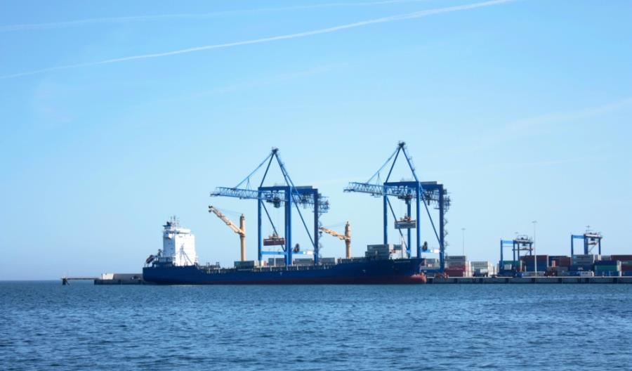 Morawiecki: DCT Gdańsk staje się największym terminalem kontenerowym na Bałtyku