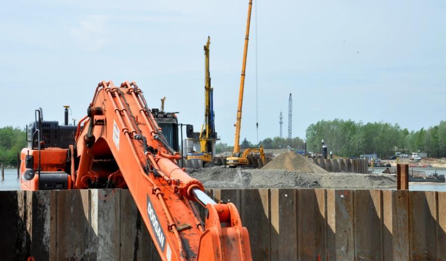 """Ugody w budowlance to nie """"szwindel"""". Aby je zawierać potrzeba jednak przepisów"""