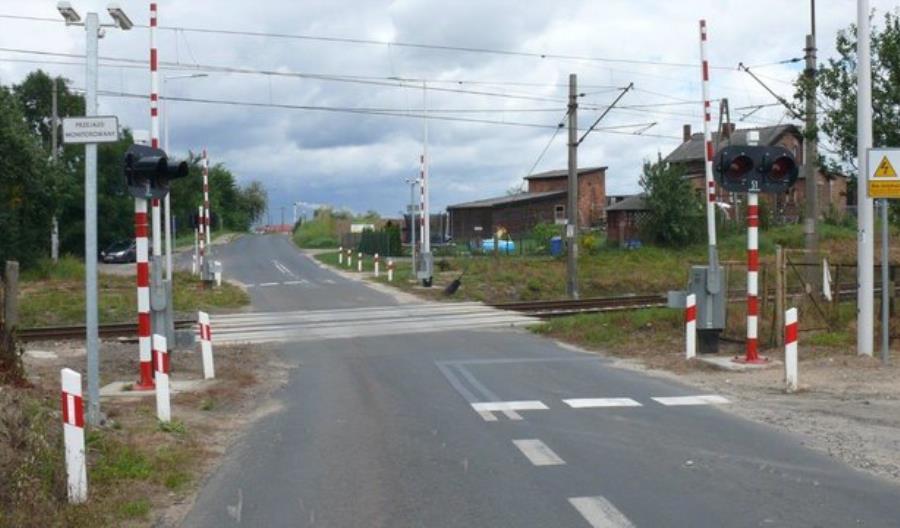 PLK zwiększa bezpieczeństwo na 159 przejazdach Warmii i Mazur