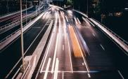 Firmy transportowe zmagają się z problemami cen paliw i zatorów płatniczych