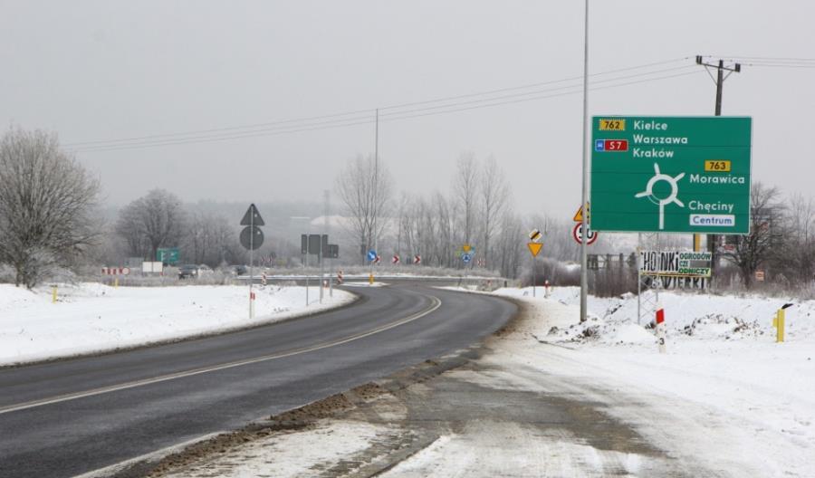 Nowa droga między Chęcinami a Małogoszczą