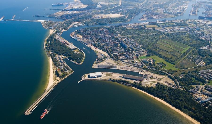 Intercor zmodernizuje kolej do Portu Gdańsk. Kolejne porty jeszcze w tym miesiącu