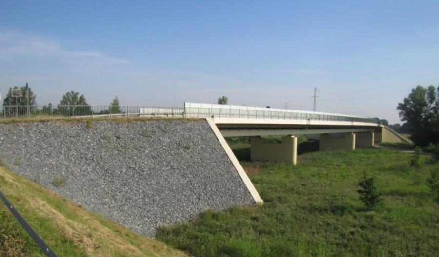 Dolnośląskie: DSDiK przygotowuje się do budowy nowych mostów w Oławie