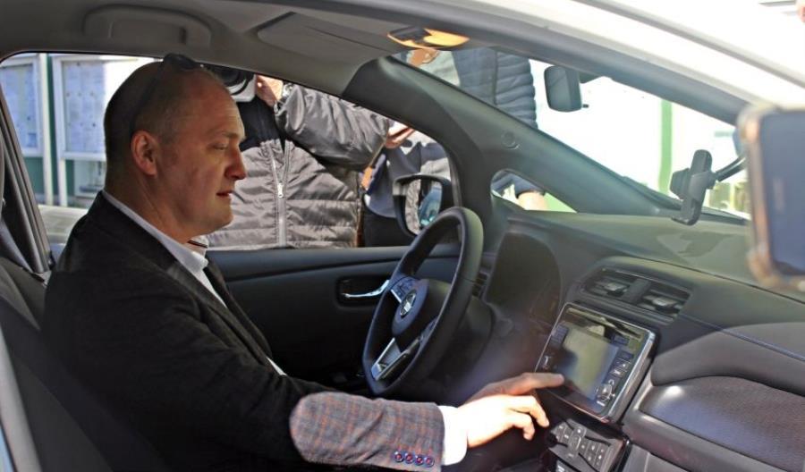 Szczecin stawia na elektromobilność. Prezydent też w elektryku