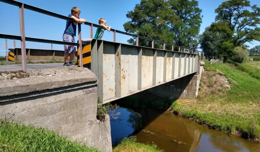 Łódzkie: Drugi most spawany prof. Bryły w ciągłej eksploatacji