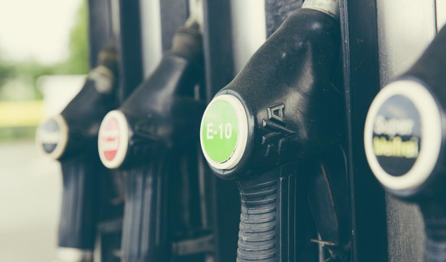Wodór, prąd, biopaliwa. Dekarbonizacja transportu będzie kosztowna