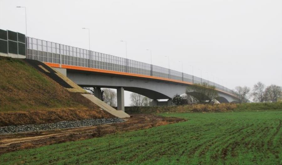 Dolnośląskie: Rusza przetarg na projekt budowy dwóch mostów w Oławie
