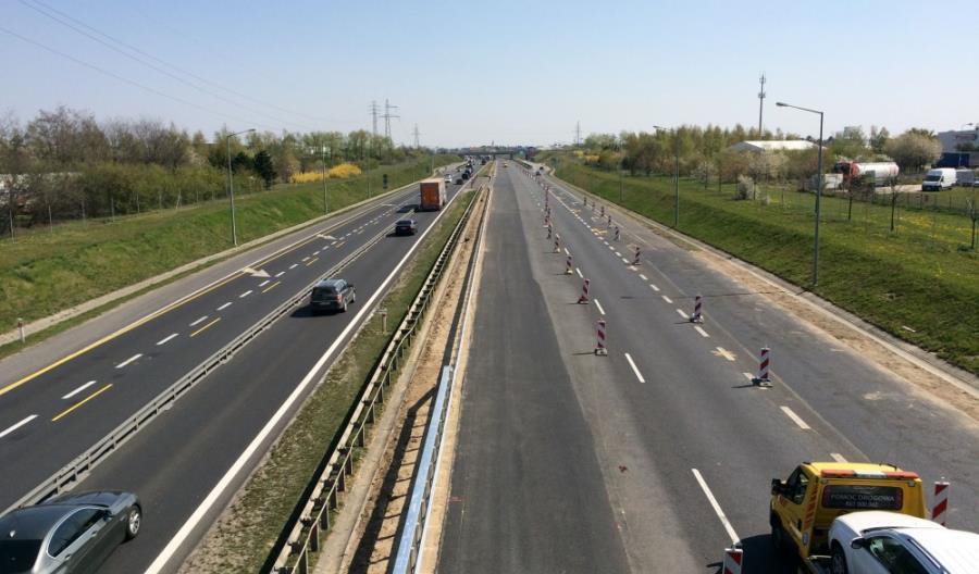 Zwężenie na A2 Poznań Zachód – Poznań Komorniki. Roboty o dzień dłużej