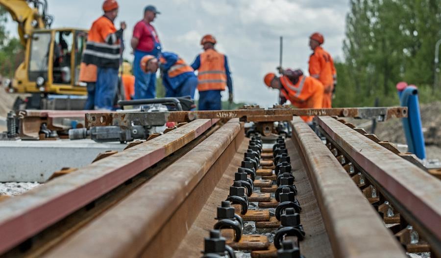 Merchel: W przyszłym roku spółki zależne PLK przerobią 1 mld zł