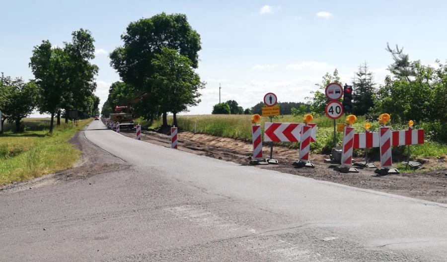 Łódzkie modernizuje kolejny odcinek DW-713 Łódź – Tomaszów Maz.