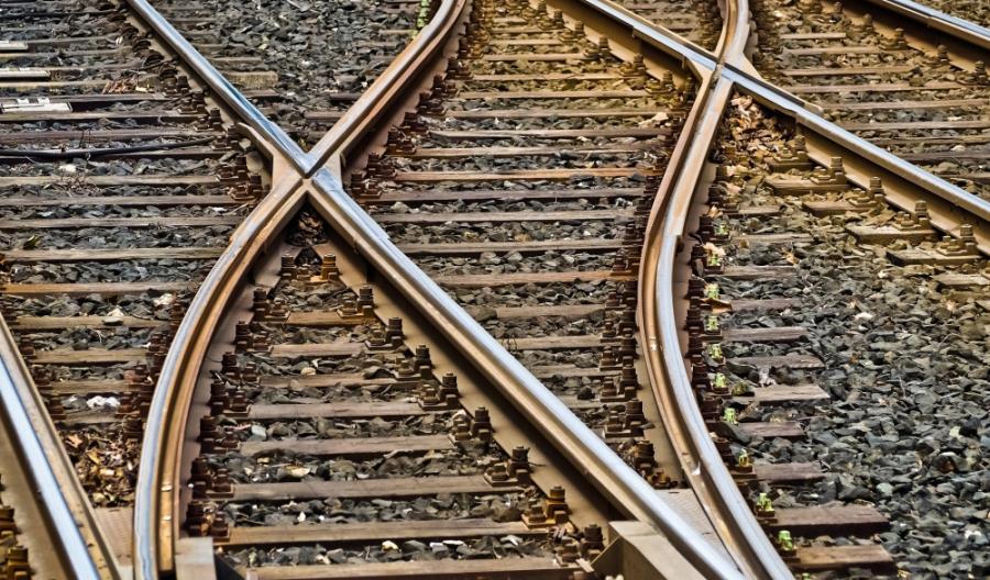 Jak ograniczyć hałas i drgania od ruchu kolejowego? Opracują rozwiązania