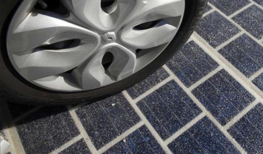 Francja: Pierwsza na świecie solarna droga okazała się klapą