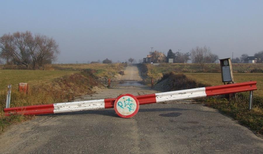 Opolskie: Siedem dróg z nieciągłością na Odrze