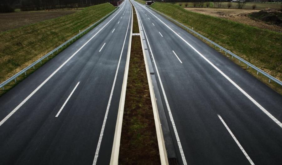 Ponad 215 mln zł na zadania drogowe w 8 województwach