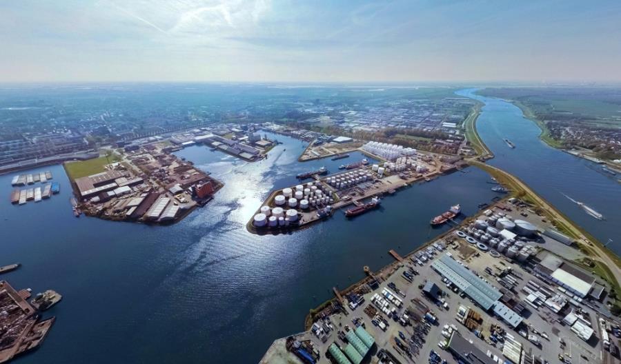 Port Rotterdam w tym roku przeładował już ponad 350 mln ton towaru