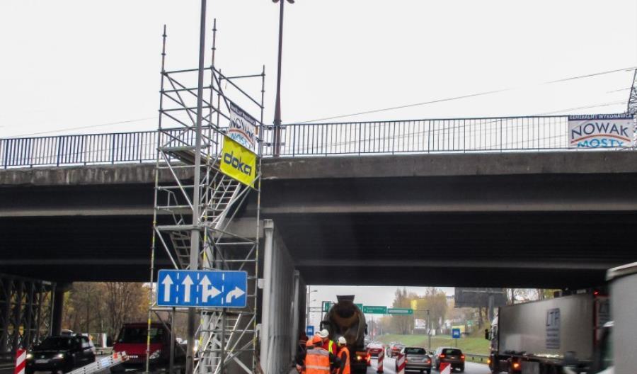 S86. Remont wiaduktów zgodnie z planem, ale kierowcy niezadowoleni