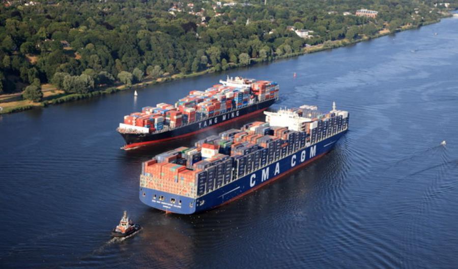 Port Hamburg. Zakończono poszerzanie toru wodnego na Łabie