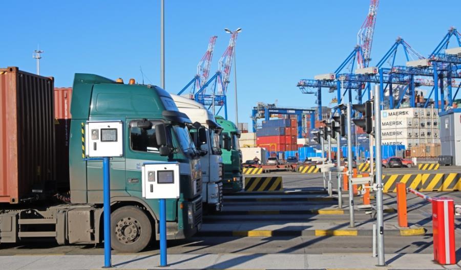 DCT Gdańsk usprawnił obsługę ciężarówek. System OCR działa