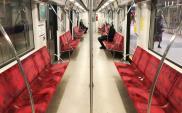 Warszawa: Znaczny spadek liczby pasażerów. W metrze nawet o 80%
