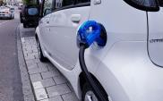 Rośnie liczba samochodów elektrycznych w Polsce. W lutym prawie 10 tys.