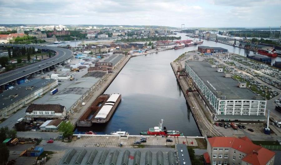 Port Szczecin. Odnowią plac do składowania towarów