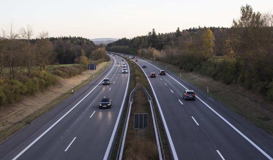 Na niemieckich autostradach wolniej niż w Polsce? Jest stanowisko ważnej organizacji