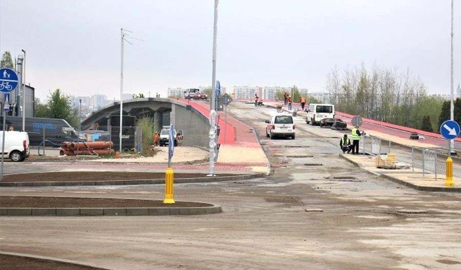 Wiadukt w Kielcach przeszedł próby obciążeniowe