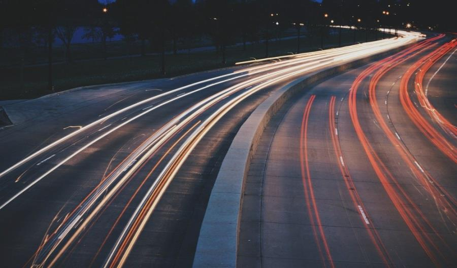 Dopłaty do samochodów elektrycznych: więcej pieniędzy niż chętnych
