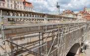 Warszawa. Wymiana zabytkowej balustrady nad trasą W-Z