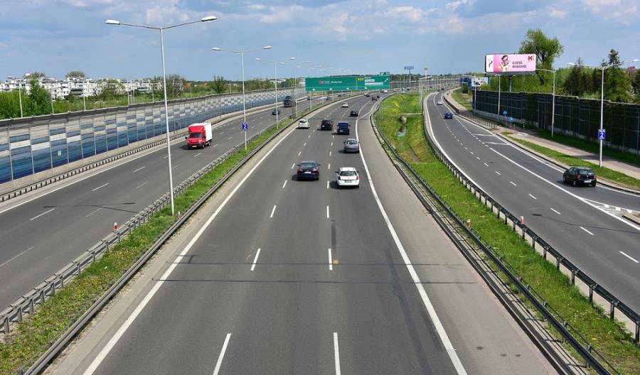 GDDKiA chce odcinkowego pomiaru prędkości na S8 w Warszawie