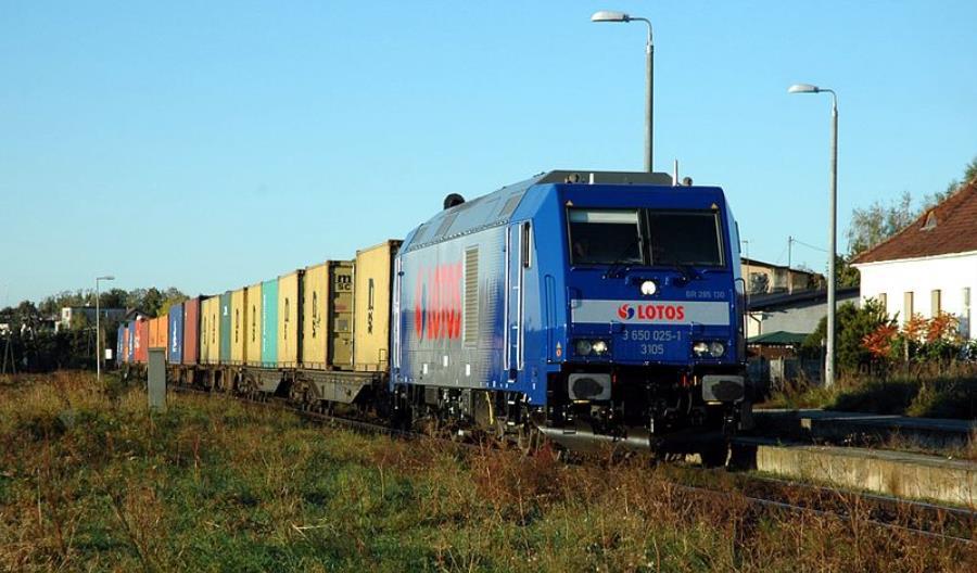 Tarczyński: Trzeba zmniejszyć obciążenia kolei towarowej