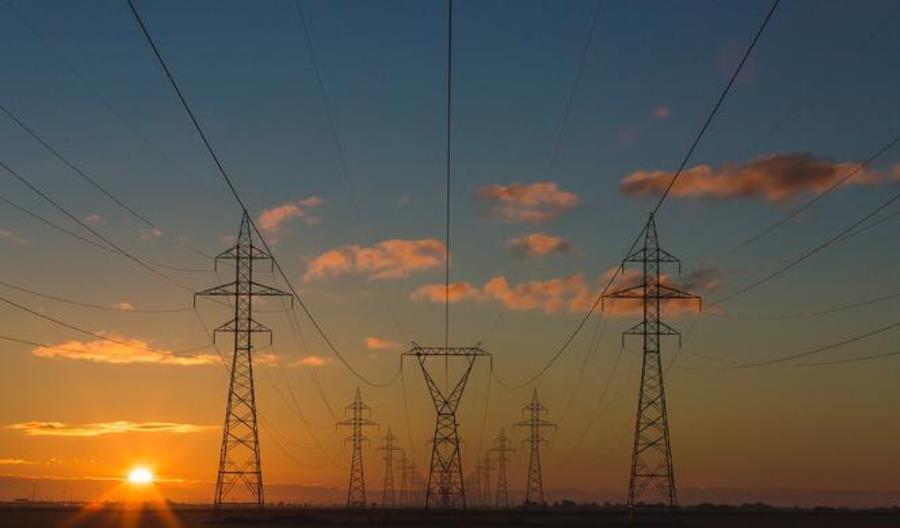 Beroud: Transport publiczny musi być obecny w realizacji polityki energetycznej