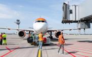 Niemcy: Bilety lotnicze muszą być droższe, lepiej wspierać kolej