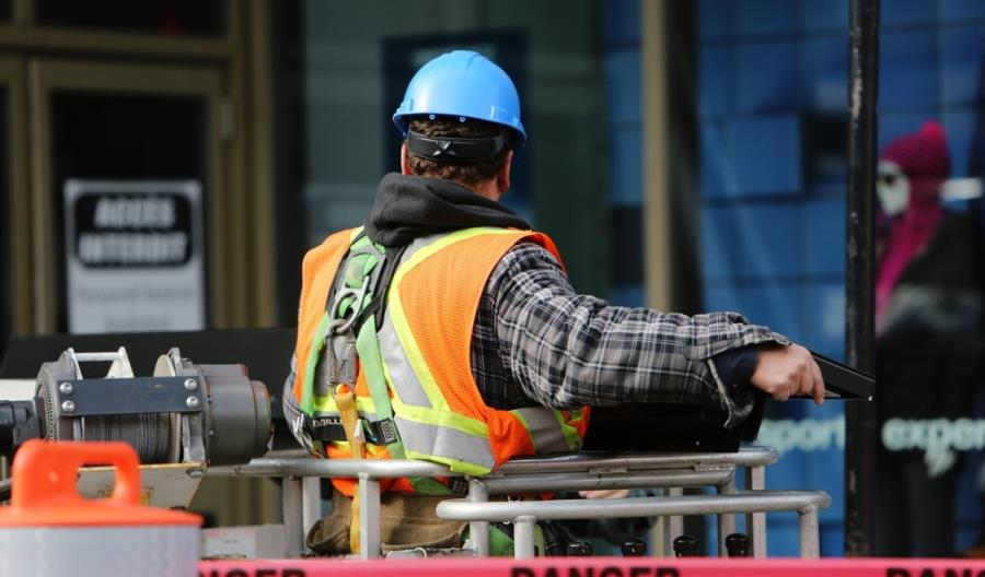 Branża budowlana ma 1,8 mld zł długu. Najwięcej zalegają małe firmy