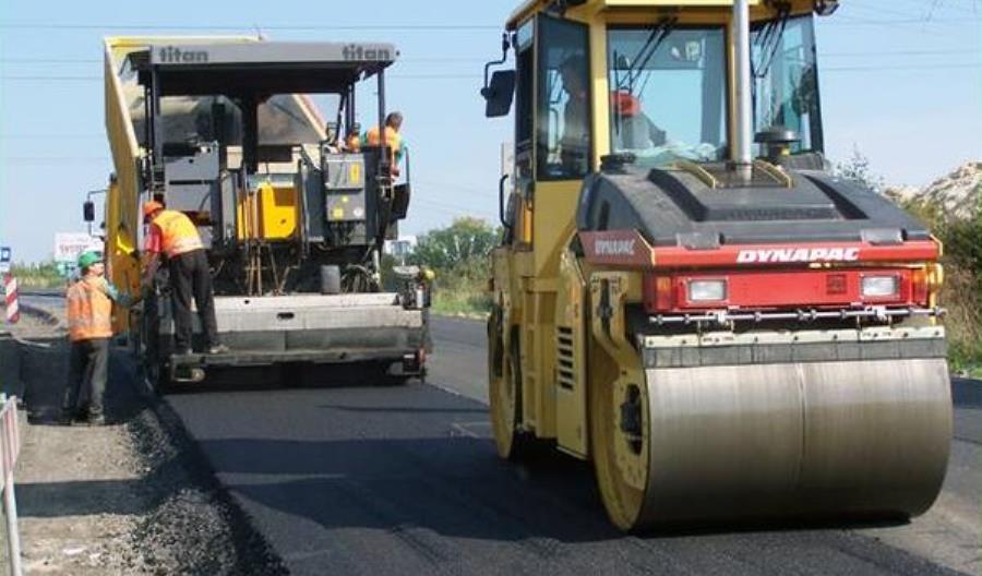 Budownictwu dokucza wzrost kosztów pracy i materiałów, jednak realizacja projektów infrastrukturalnych niezagrożona