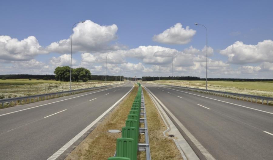 Zbudowano 725 km w ramach rządowego programu budowy dróg