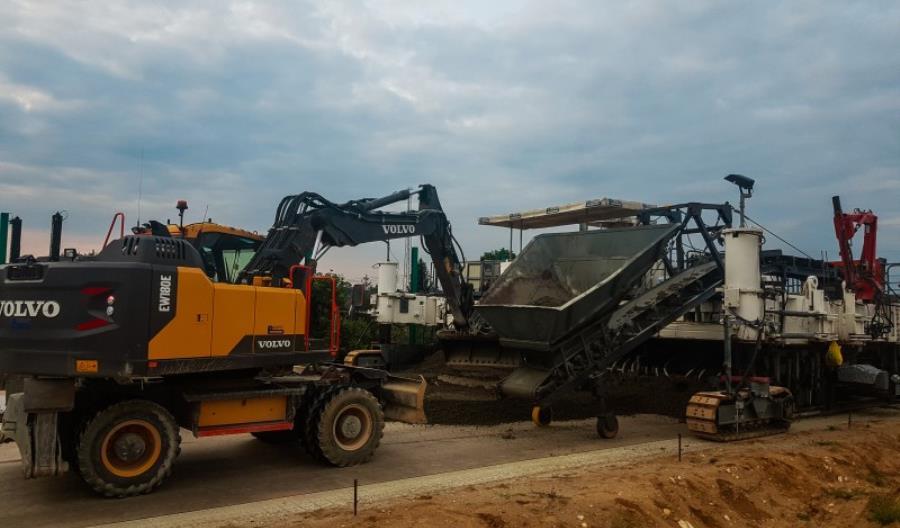 Nowy wykonawca już pracuje na A1 - obwodnicy  Częstochowy