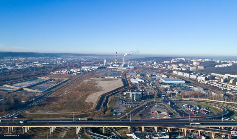 Port Gdynia chce inteligentnie zarządzać ruchem TIRów