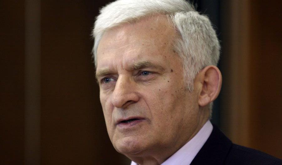 Buzek: Polska będzie odchodzić od węgla z powodów ekonomicznych