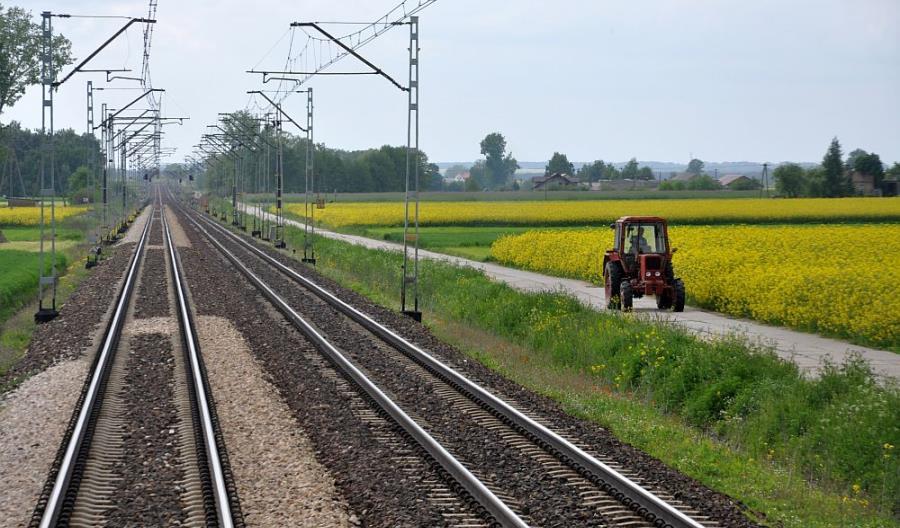 Wielu chętnych na modernizację linii E20