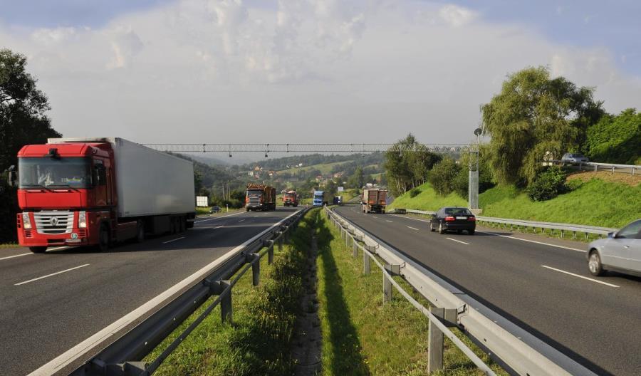 Polskie autostrady na granicy przepustowości?
