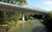 Skanska: Ostatni segment mostu na obwodnicy Leśnicy nasunięty