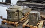 Fragmenty mostu wydobyte z Wisły