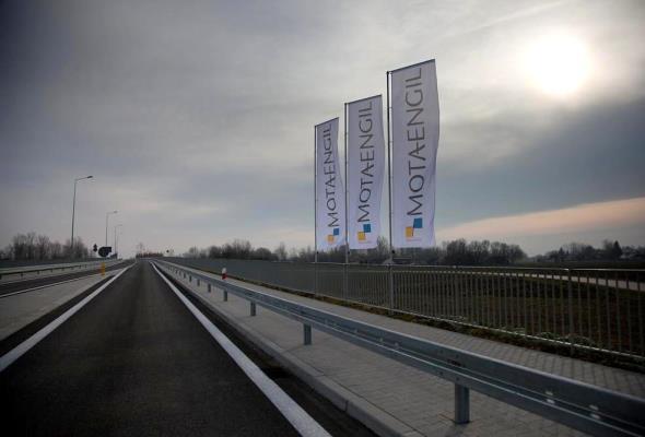 Most w Połańcu połączył województwa