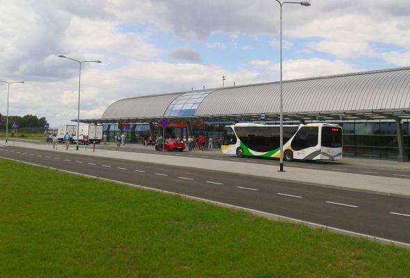 Modlin szuka źródeł finansowania dla rozbudowy terminala