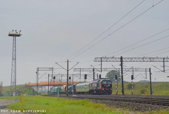 Generator z Wrocławia dotarł do Elektrowni Opole [ZDJĘCIA]