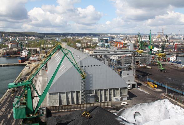 Gdynia: Port kupi tereny stoczniowe